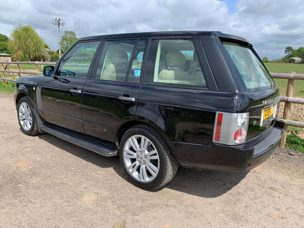 Range-Rover-Vogue-09