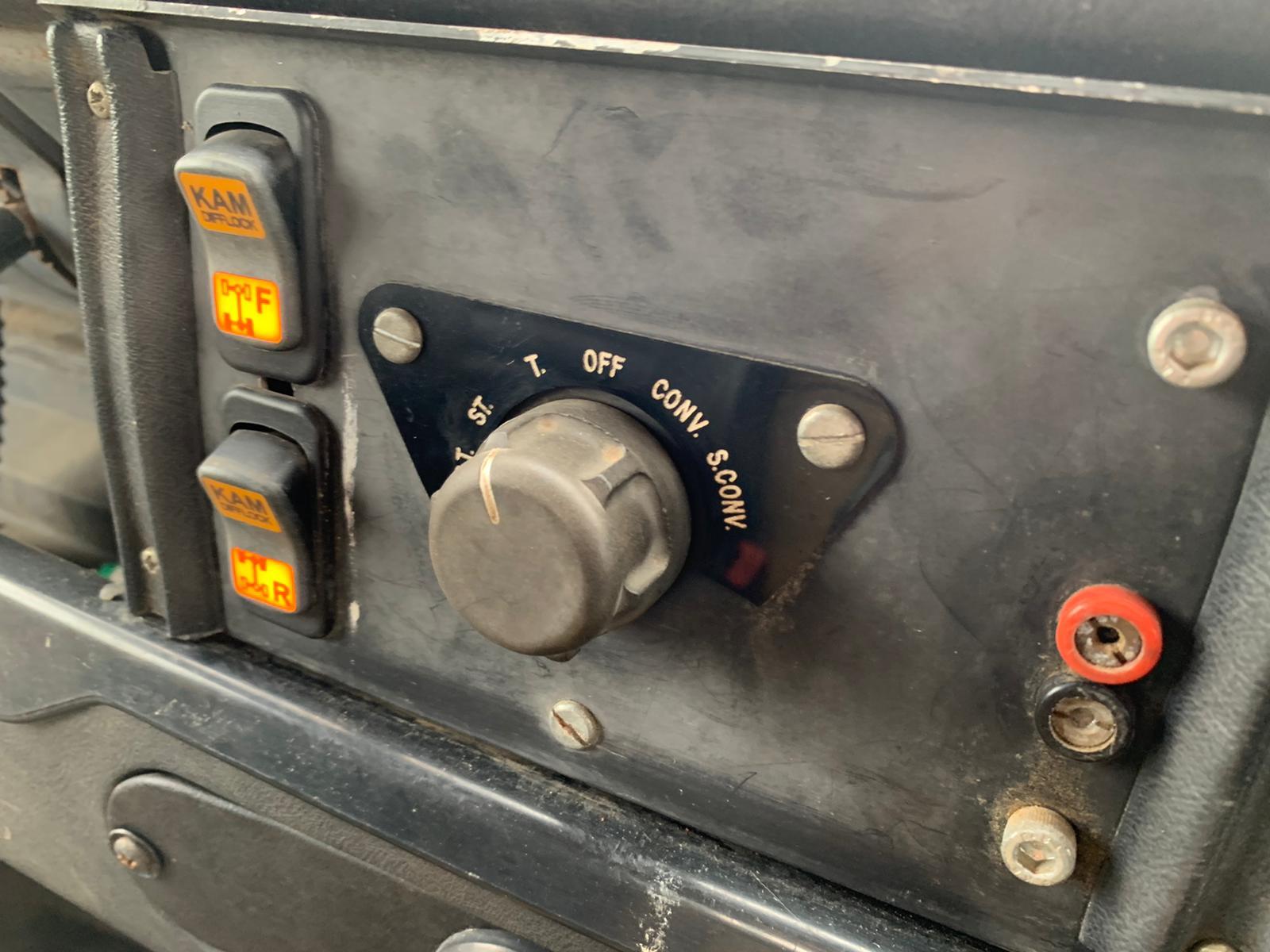 1990 Land Rover 110-07