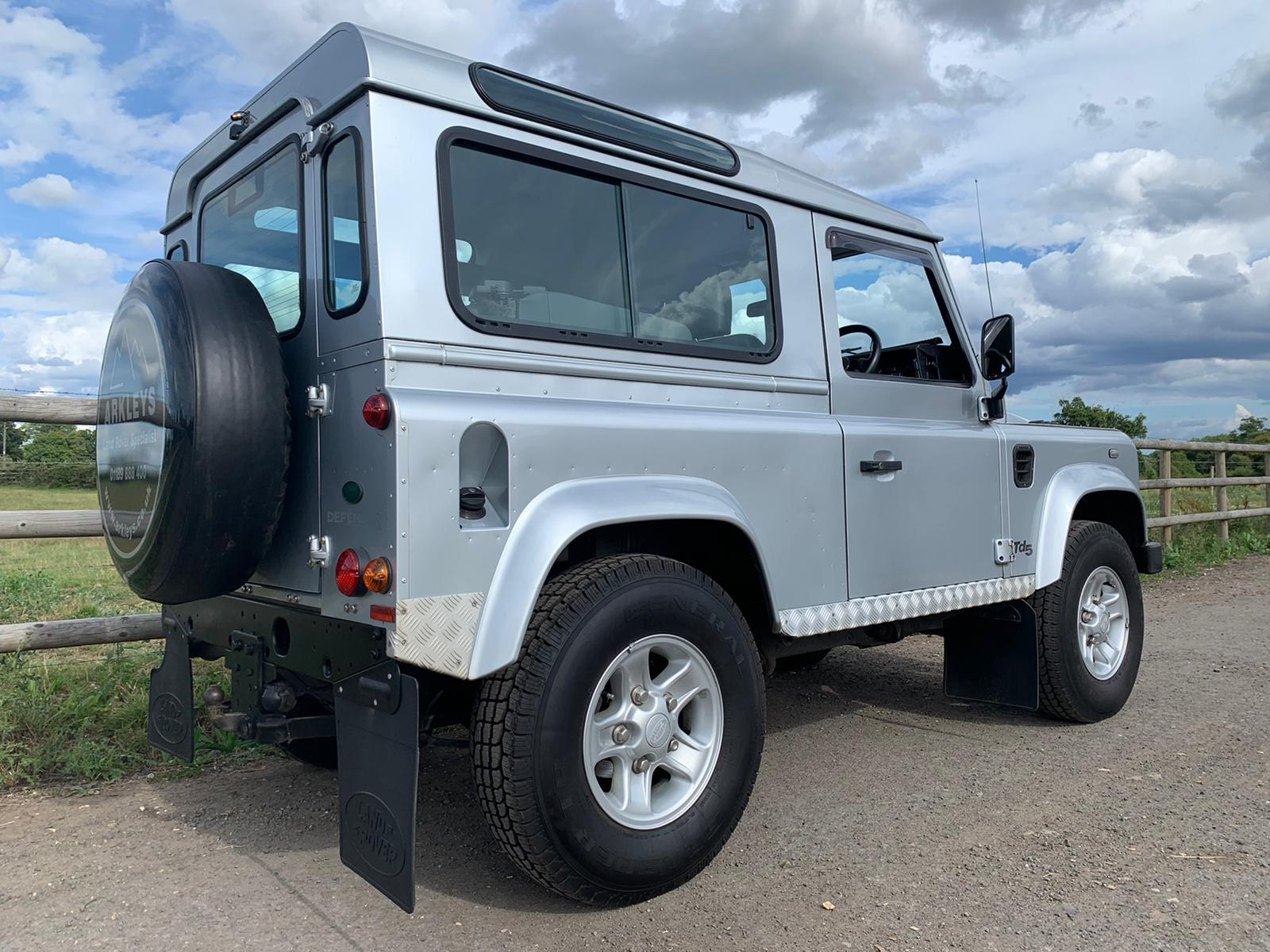 2006 Defender 90 TD5 County Station Wagon-3