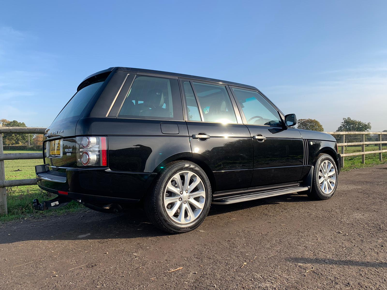 2010-Range-Rover-TDV8-Vogue-3